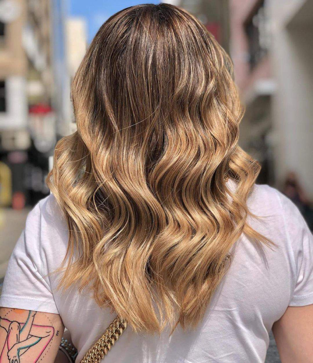 40+ Awesome Hairstyles For Girls With Long Hair images 1
