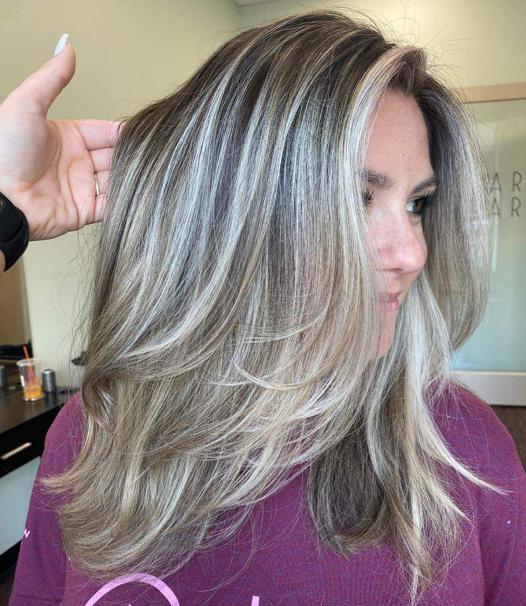40+ Awesome Hairstyles For Girls With Long Hair images 3