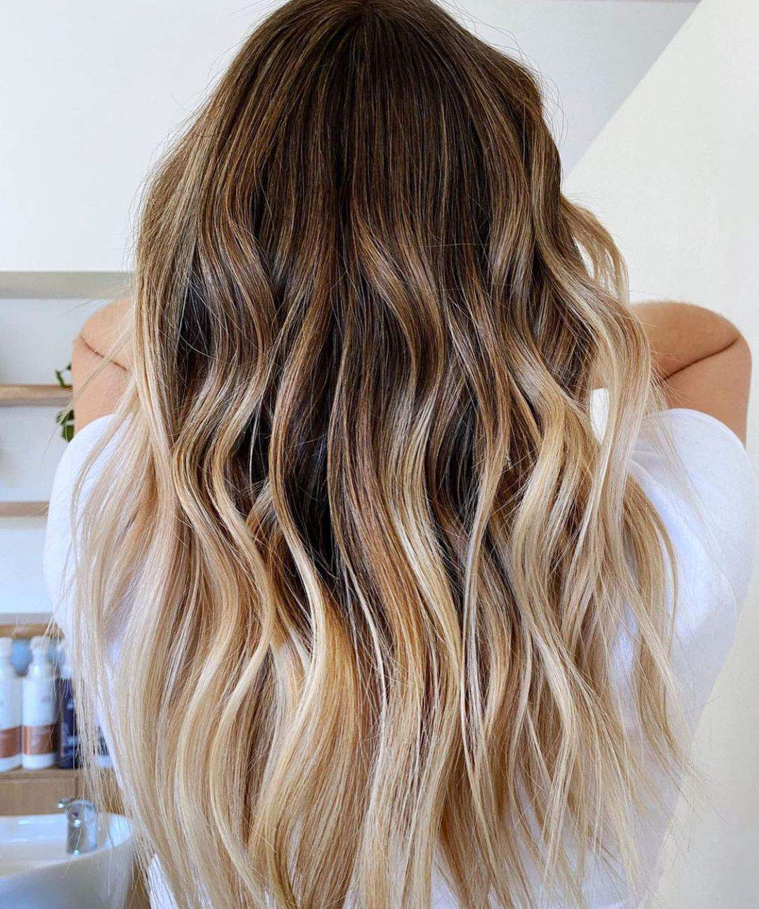 40+ Awesome Hairstyles For Girls With Long Hair images 4