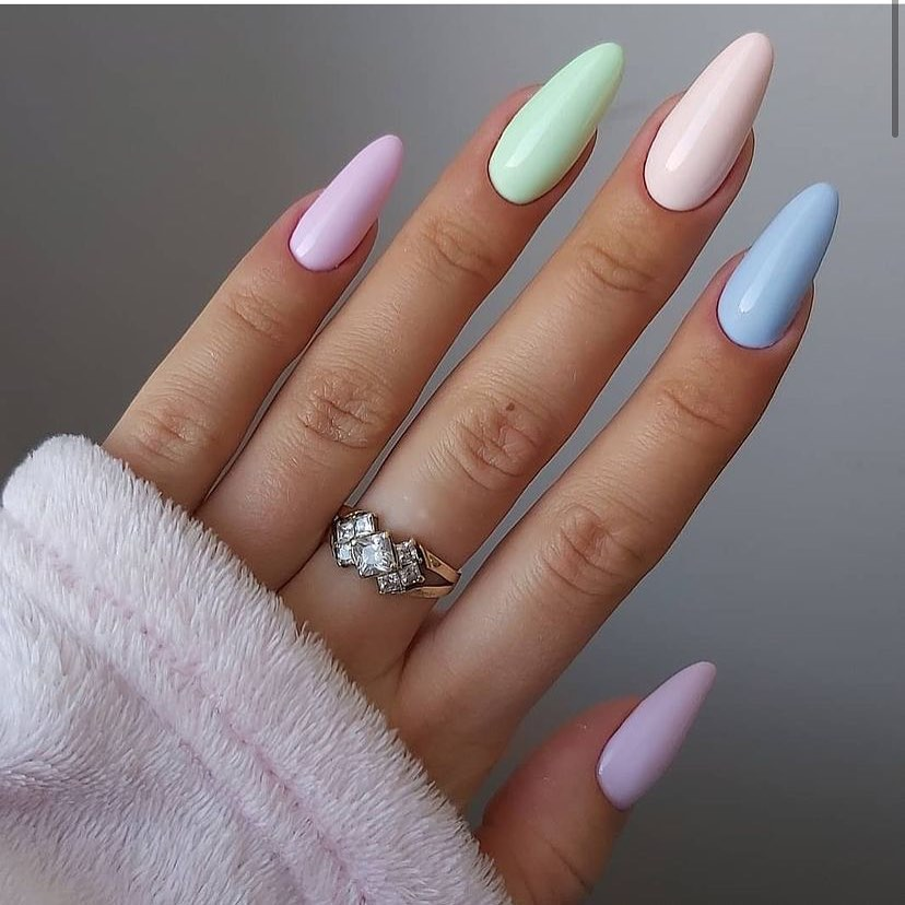 25 Trending Summer Nail Colors And Designs For 2021 images 3